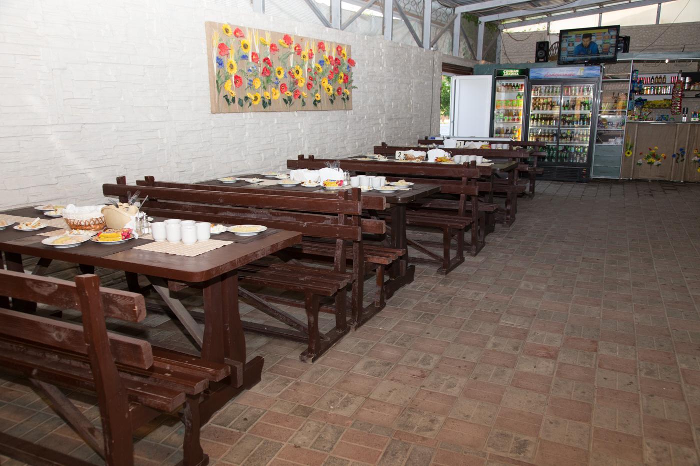База отдыха Альтернатива, большой обеденный зал